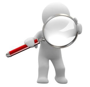investigando con lupa buscando informacion
