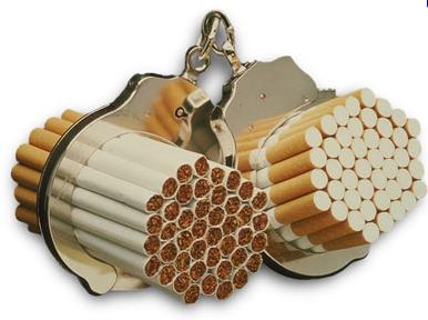 esposados al tabaco y los cigarrillos