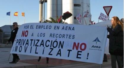 pancarta contra privatizacion aena huelga