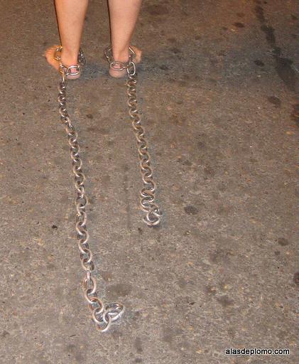 arrastrando cadenas de penitente