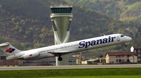 cierre de spanair suspension de vuelos